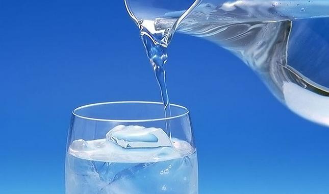 Waarom genoeg drinken zo belangrijk is